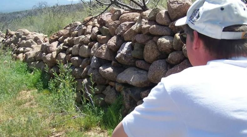 Defense wall at the ruins of Camp Reno. Feb 2014 (Source: Eric Zotcavage)