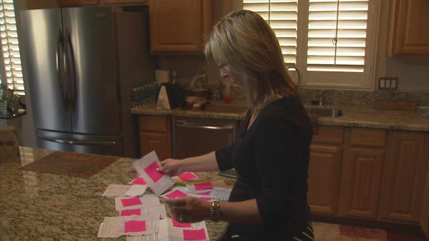 Lisa Smith asks 3OYS for help about medical information mix-up (Source: KTVK)