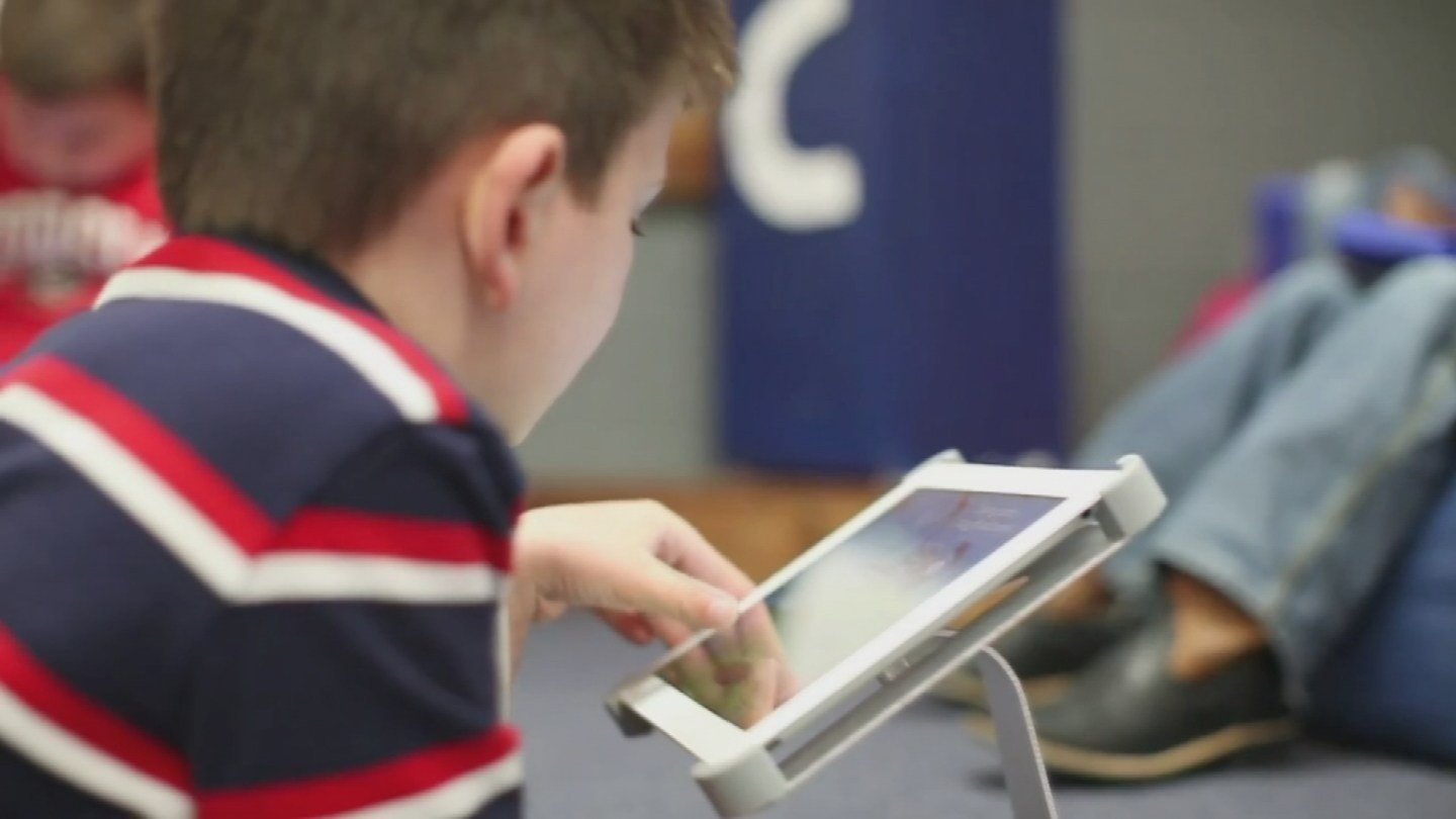 Technology can be beneficial for kids (Source: KPHO/KTVK)