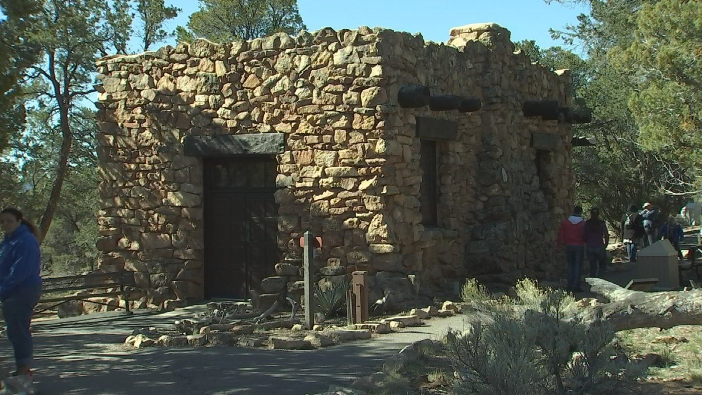 The museum commemorates ancient Anasazi ruins (KTVK)