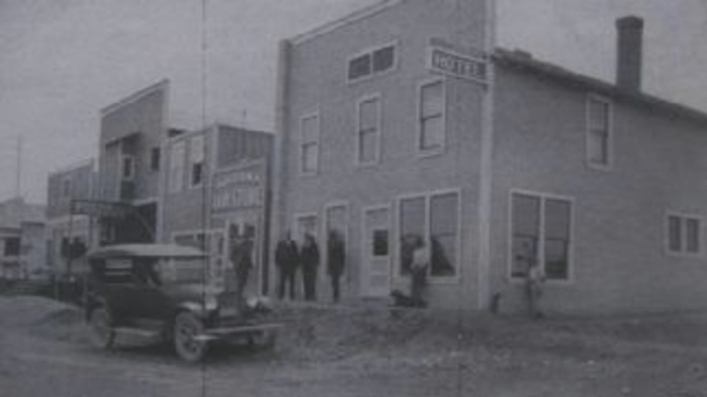 The Cottonwood Hotel circa 1917 (Source: The Cottonwood Hotel)