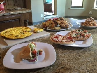 Harris stretched her $58 of groceries into five distinct meals -- roasted lemon garlic chicken, pita sandwiches, pita pizzas, spicy sausage linguine and a frittata. (Source: 3TV)