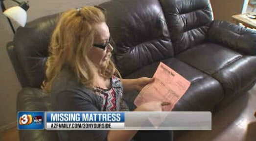 Maria Bassoco said she ordered a mattress and it was never delivered (Source: KPHO/KTVK)