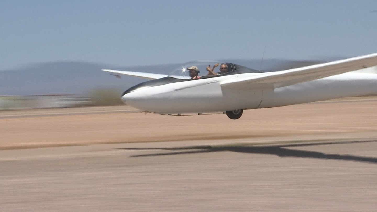A prop plane tows the glider to an altitude of 3,000 to 4,000 feet. (Source: 3TV)