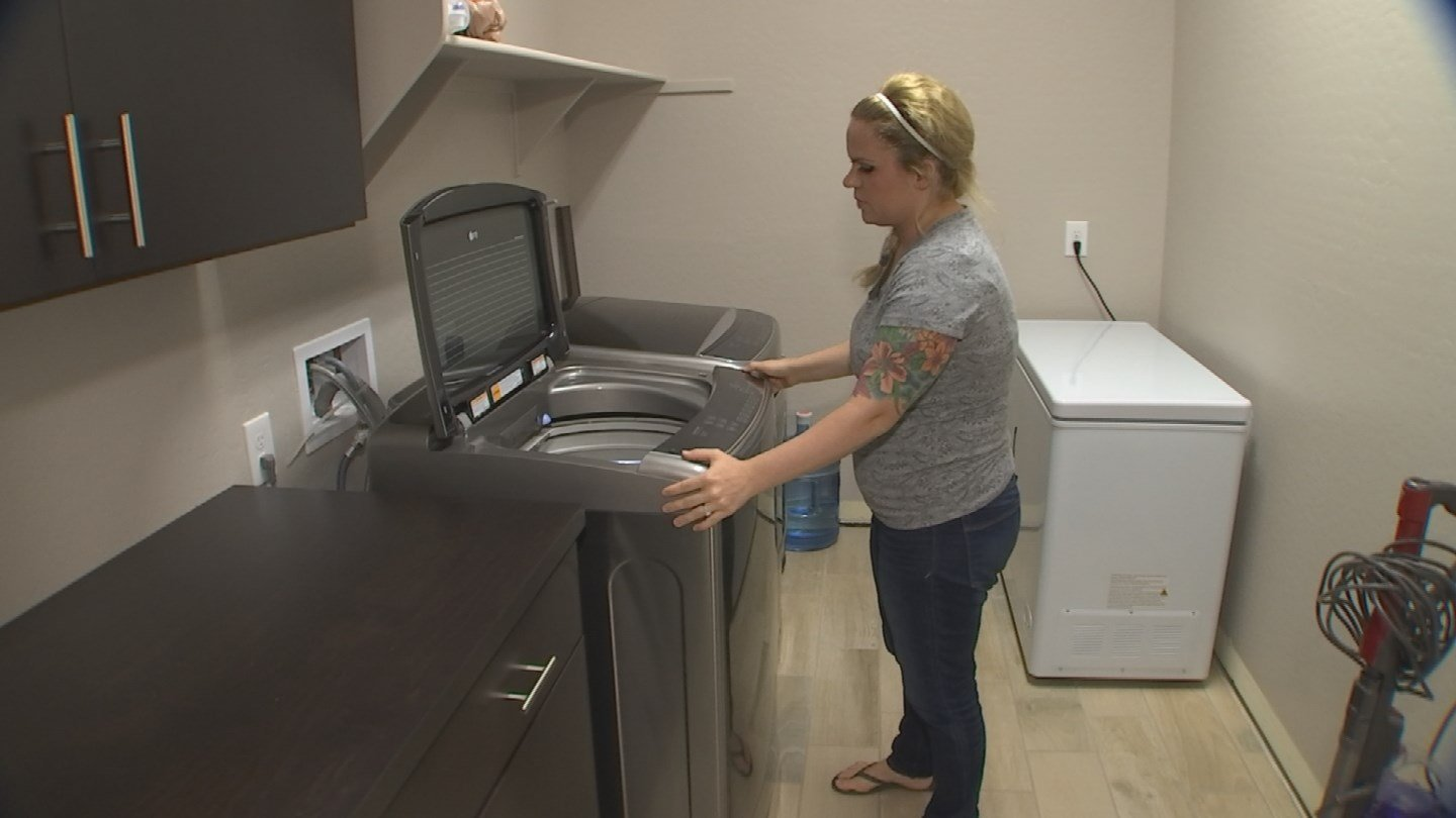 Christina Watts couldn't believe her new washing machine broke due to a pillow case. (Source: 3TV)