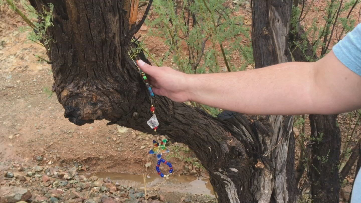 A charm marks the spot where Cody was last seen alive. (Source: 3TV)