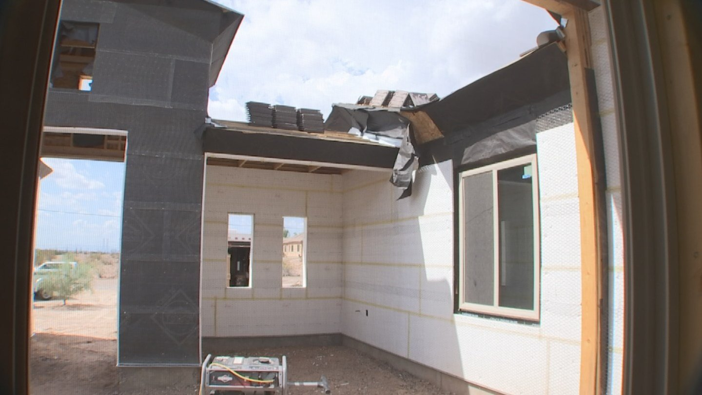 The Zanes say the stucco problem is just a bump in the road in getting their house built. (Source: 3TV)