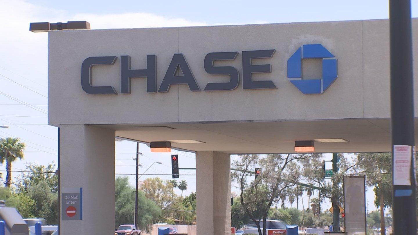 A Phoenix mom was stunned to find out that Chase had closed her bank account so that she could not access her money. (Source: 3TV)