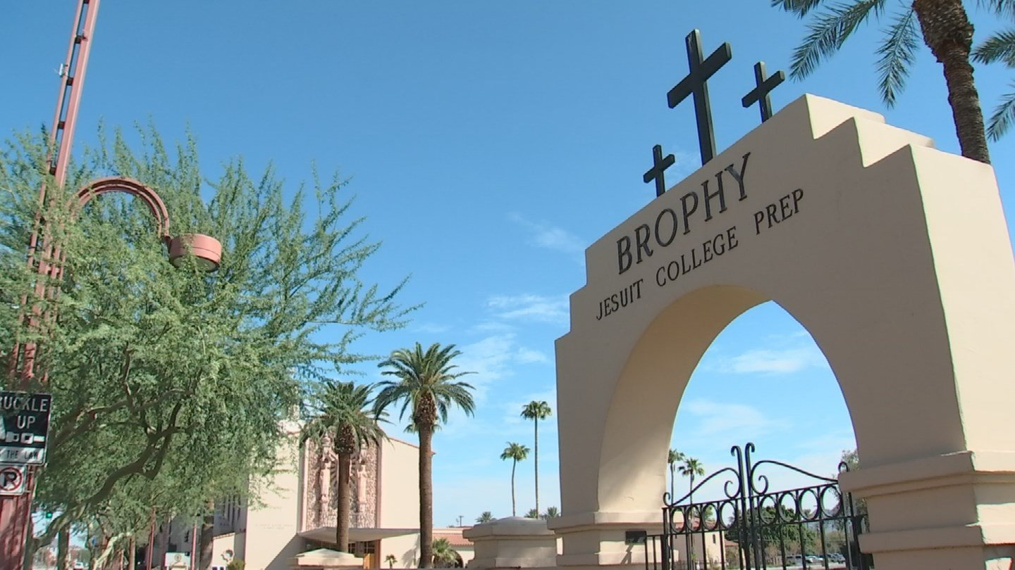 From 511 E. Camelback Road, it's a very short walk to Brophy High School -- 530 feet, to be exact. (3TV)