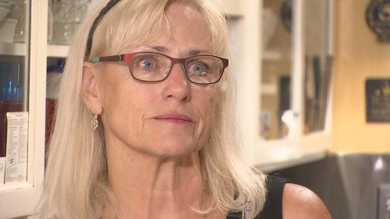 Jeanne Stewart was heartbroken when she didn't receive a $3,000 headstone she paid for. (Source: 3TV)