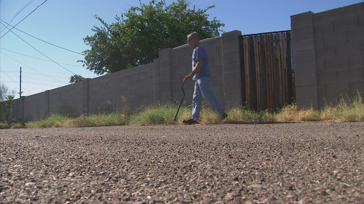 Scott Waldon, who walks with the help of a cane, says he's in no position to clean up the city's alley. (Source: 3TV)