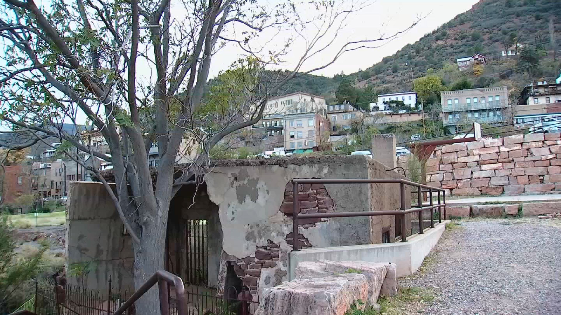 Jerome's famous Sliding Jail is a top tourist attraction but is locked in a standoff between the town and the historical society. (Source: 3TV)