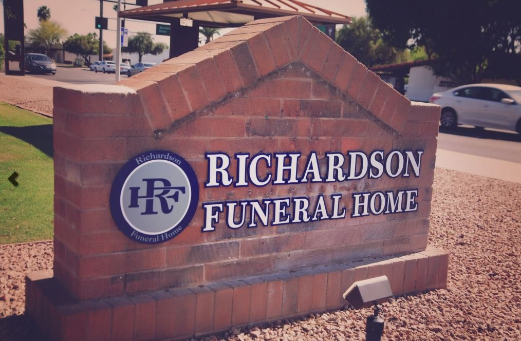 Richardson Funeral Home in Tempe accepts prepaid funeral trusts or policies from facilities that have gone out of business, particularly if the contracts have been paid in full. (Source: RichardsonFuneralHome.org)