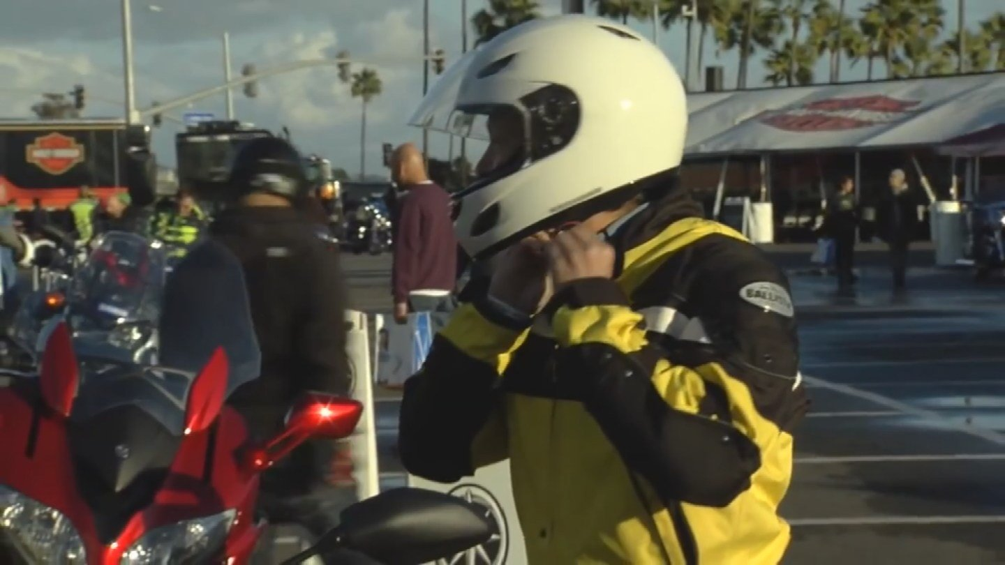 A bill that would force motorcyclists to wear helmets failed to make it out of committee. (Source: 3TV/CBS 5)