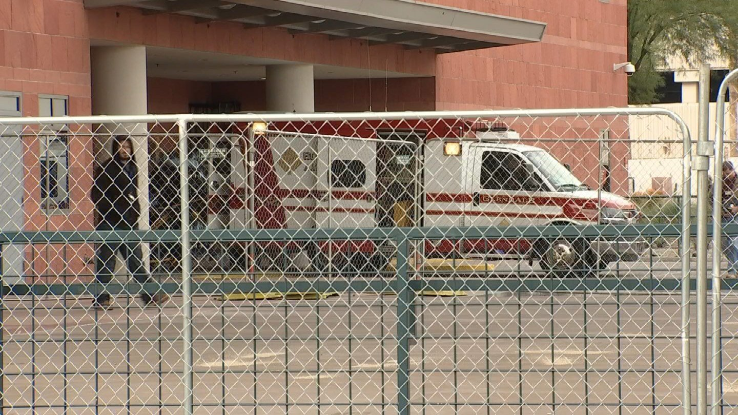 The ambulance carrying the victim arrives at the hospital. (Source: 3TV/CBS 5)