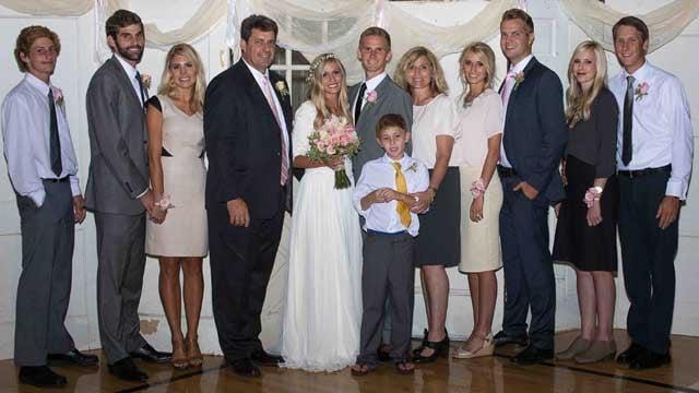The Arnett family (Source: GoFundMe)