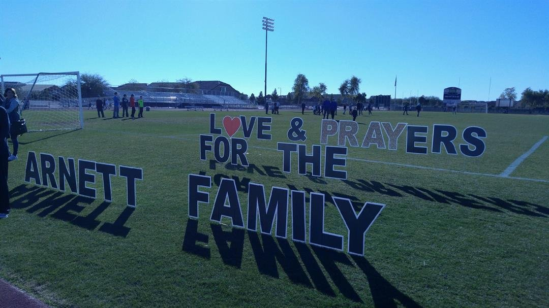 Hundreds gathered Saturday at Queen Creek High School track to show support for the Arnett family. (Source: Mike Schmidt, 3TV/CBS 5)