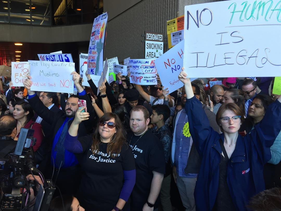 Travel ban protesters at Sky Harbor International Airport Sunday afternoon. (Soiurce: Jim Fry, 3TV/CBS 5)