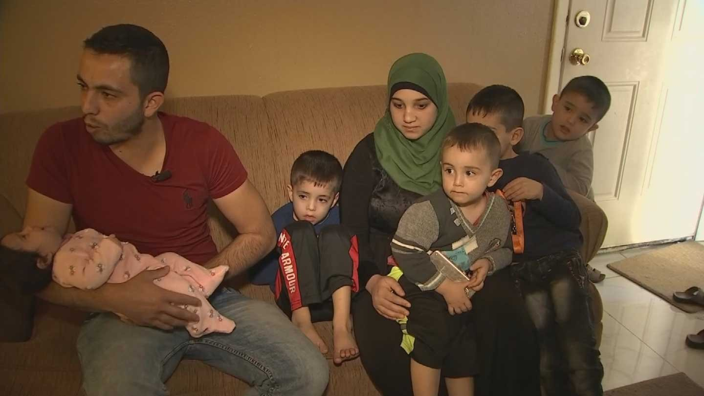 Ali Alabdullah with his wife and children (Source: 3TV/CBS 5)