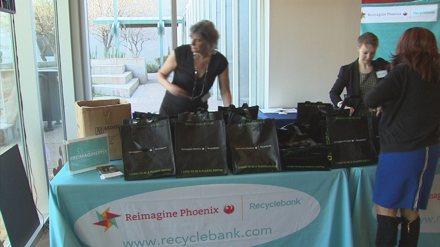 There's also a mobile Recyclebank app that people can download for free.