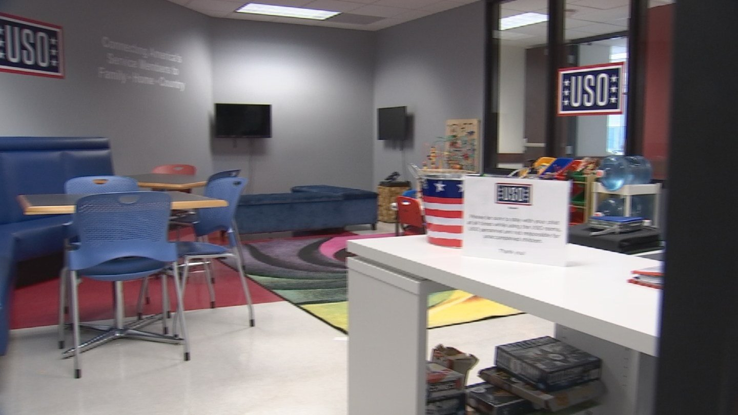 The USO added two rooms equipped with leather couches, games for kids, candy, lots of tissues, even volunteers to make sure applicants feel right at home. (Source: CBS 5)