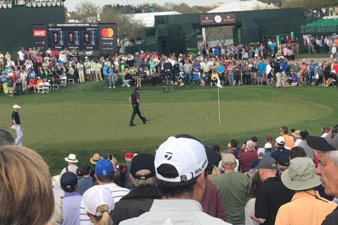Phil Mickelson on the 18th hole (Source: 3TV/ CBS 5)