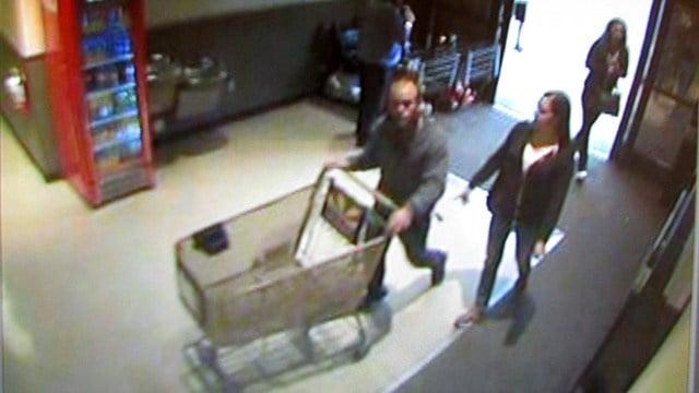 The suspect entered a Safeway store in Prescott Valley at around 5 p.m. on Sunday. (Source: Prescott Valley Police Department)