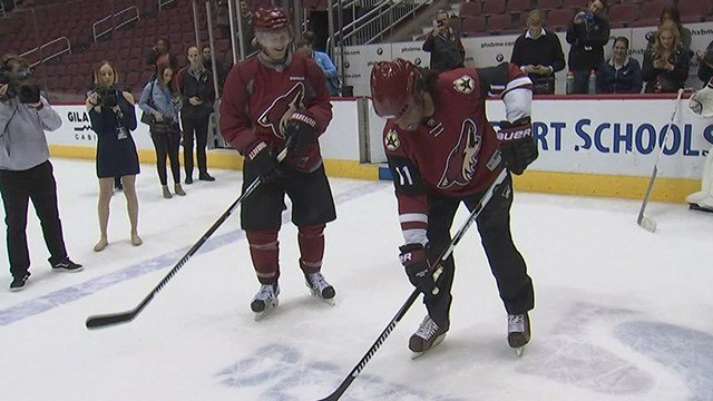 He joined Shane Doan and other Coyotes on the ice to promote Saturday's game against Pittsburgh. (Source: 3TV/CBS 5)
