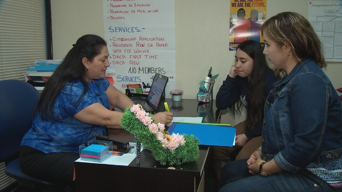 Araceli Gonzalez said the higher minimum wage has had a huge impact on her family. (Source: 3TV/CBS 5)