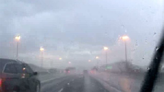 Rain in north Phoenix Saturday morning. (Source: Bonnie Loftus, 3TV/.CBS 5)