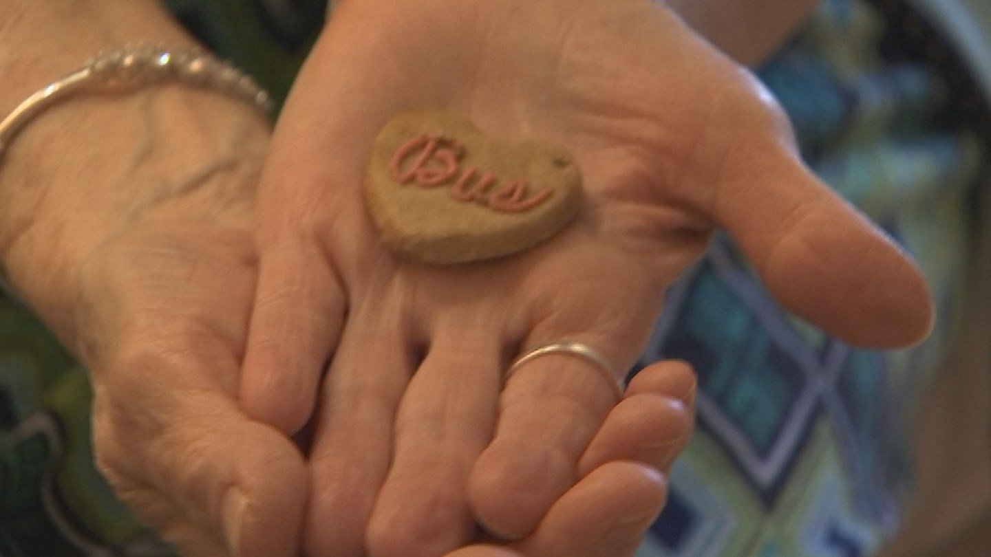 The icing spells out Bus, which was her mother's boyfriend. (Source: 3TV/CBS 5)
