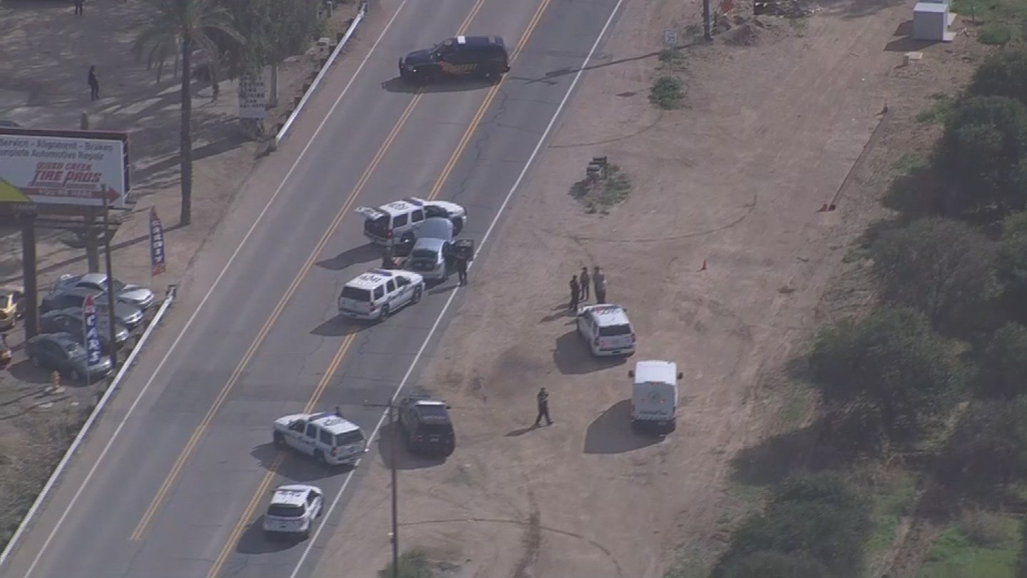 The officer suffered minor injuries. (Source: 3TV/CBS 5)
