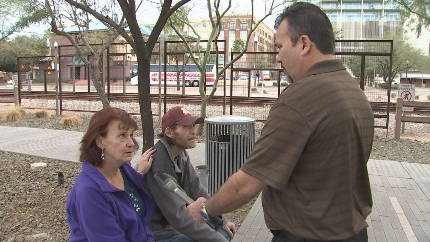 A stranger from Prescott Valley paid of this Tempe couple's loan. (Source: 3TV)