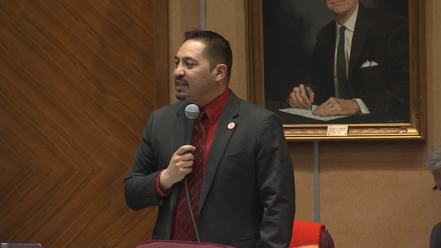 Sen. Martin Quezada, a Democrat from Phoenix, isn't buying Yarbrough's explanation. (Source: 3TV/CBS 5)