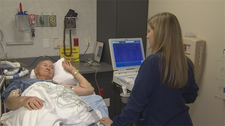 The Nurse Navigators program at the Abrazo Arizona Heart Hospital helps patients deal with the stress or anxiety of surgery. (Source: 3TV/CBS 5)
