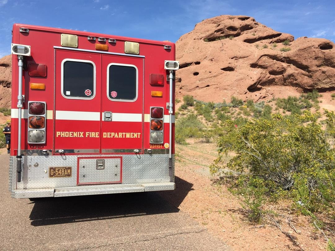 Papago Butte mountain rescue. Friday 17 March 2017 [SOURCE: 3TV/CBS5 News