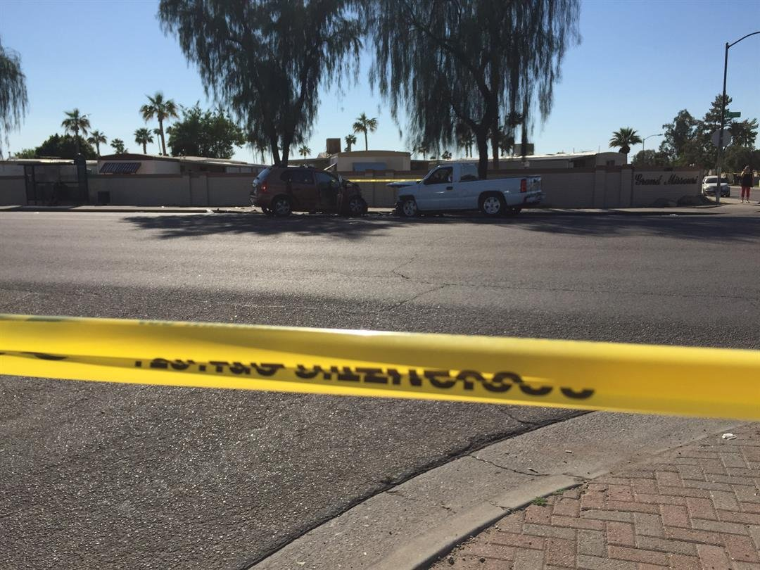 Phoenix police are working a deadly collision on 43rd Avenue and Montebello.  19 March 2017 [Source: 3TV/CBS5 News]