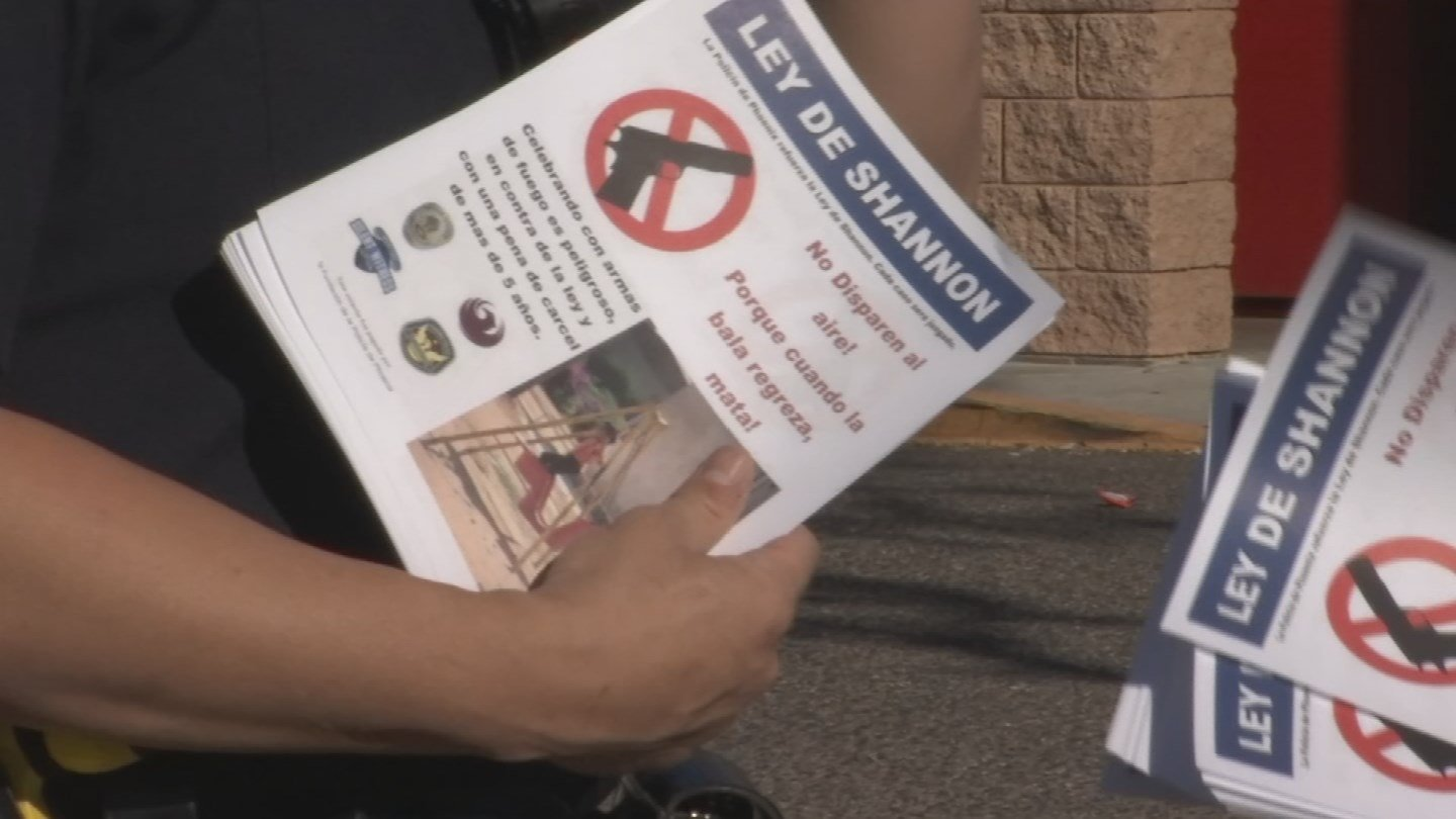 Police passed out flyers about Shannon's Law in December. (Source: 3TV/CBS 5)