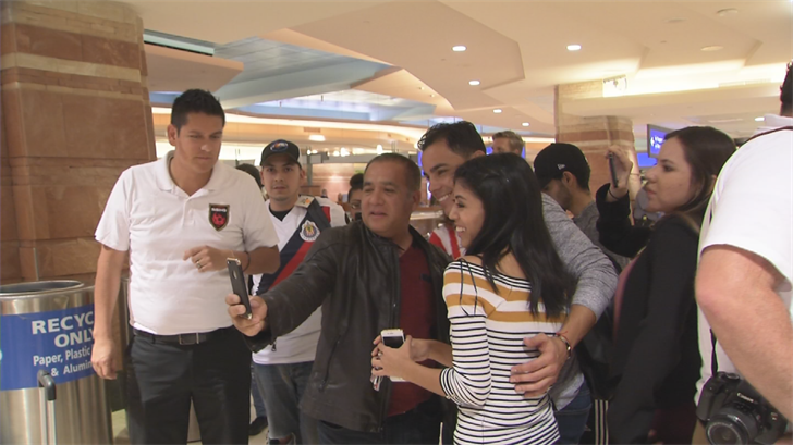 A cadre of fans showed up at Sky Harbor airport to greet Bravo when he arrived in Phoenix more than a month ago. (Source: 3TV/CBS 5)