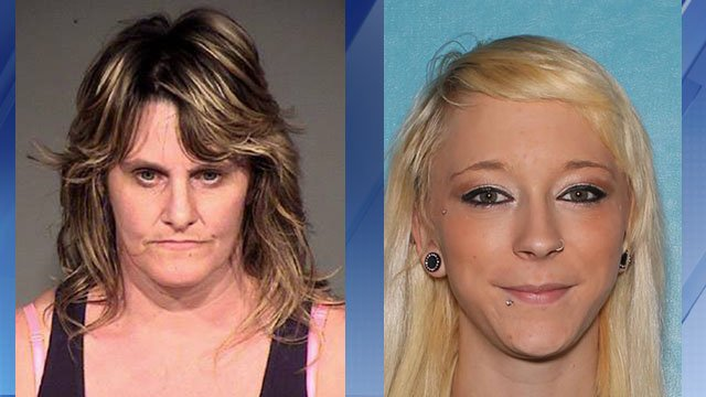 Tammy Compton, 46 (left); Taylorlyn Nelson, 21 (Source: Phoenix Police Dept.)