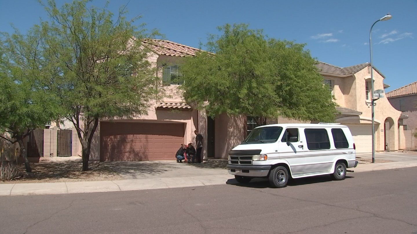 The house that April Griffith thought she and her family would move into after signing what they later learned was a fake lease. (Source: 3TV/CBS 5)