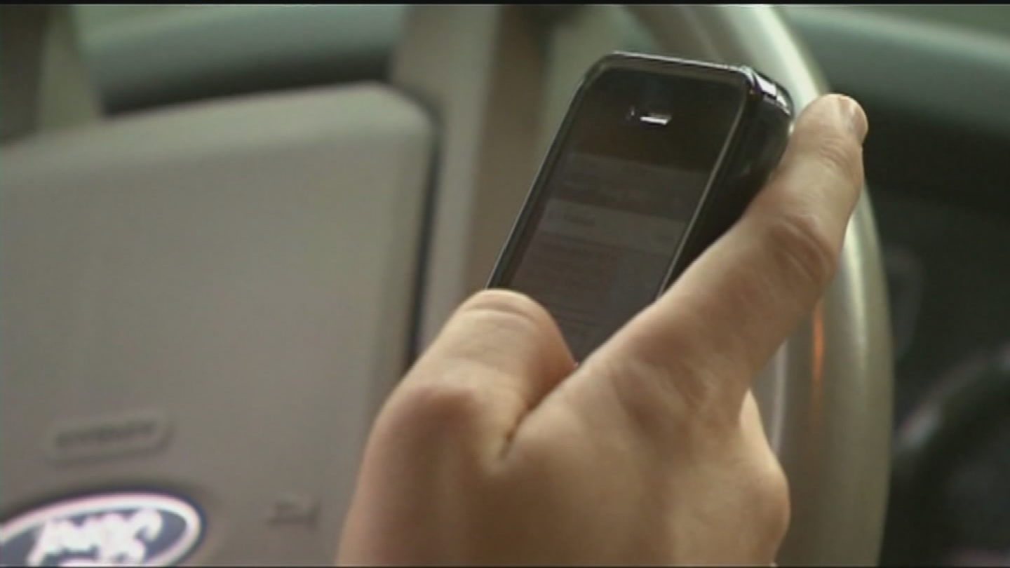 A texting-while-driving ban for teens may pass the legislature. (Source: 3TV/CBS 5)