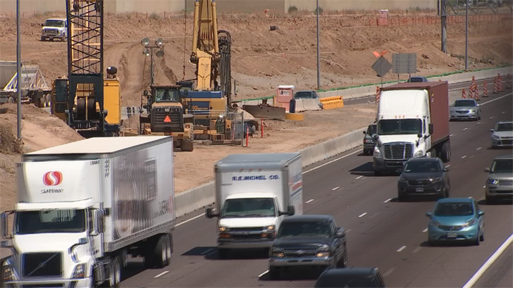 Tuesday night's closure is necessary so ADOT can move some big construction cranes across the freeway, said ADOT. (Source: 3TV/CBS 5)