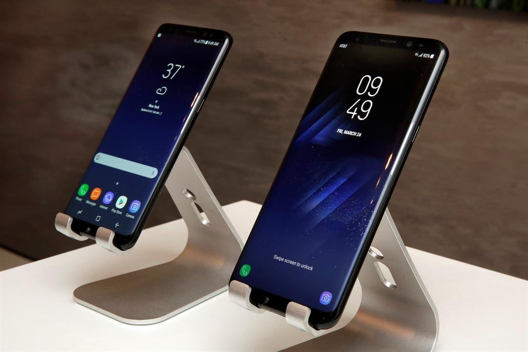 In this Friday, March 24, 2017, photo, new Samsung Galaxy S8, left, and Galaxy S8 Plus mobile phones are displayed in New York. (Source: AP Photo/Richard Drew))