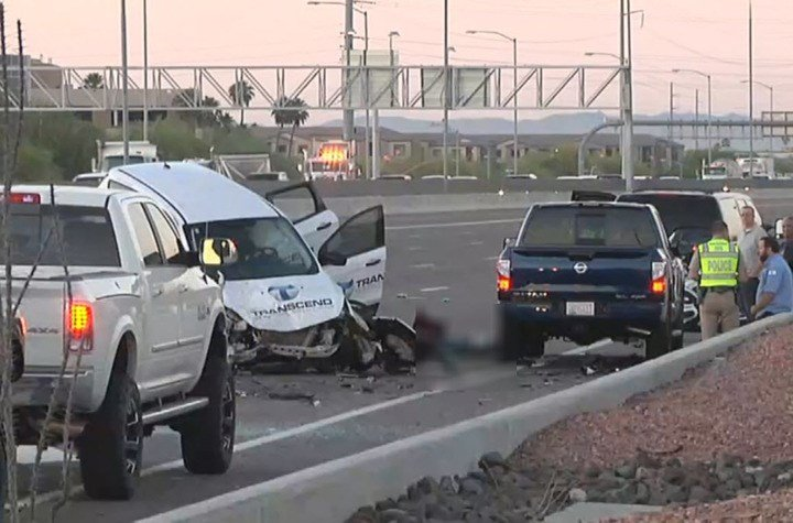 DPS says at least two people are dead following the crash on SB I-17 (SOURCE: 3TV/CBS5)