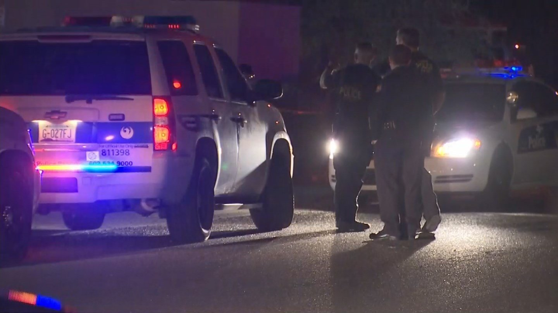 Police investigating the crime scene (Source: 3TV/CBS 5)