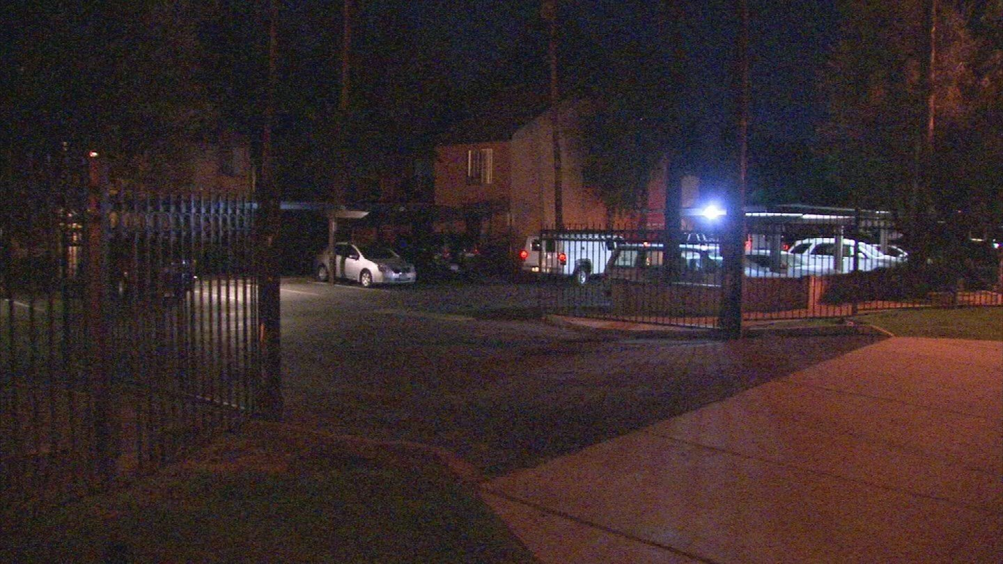 Two people were found dead after an apartment fire in Mesa (Source: 3TV/CBS 5)