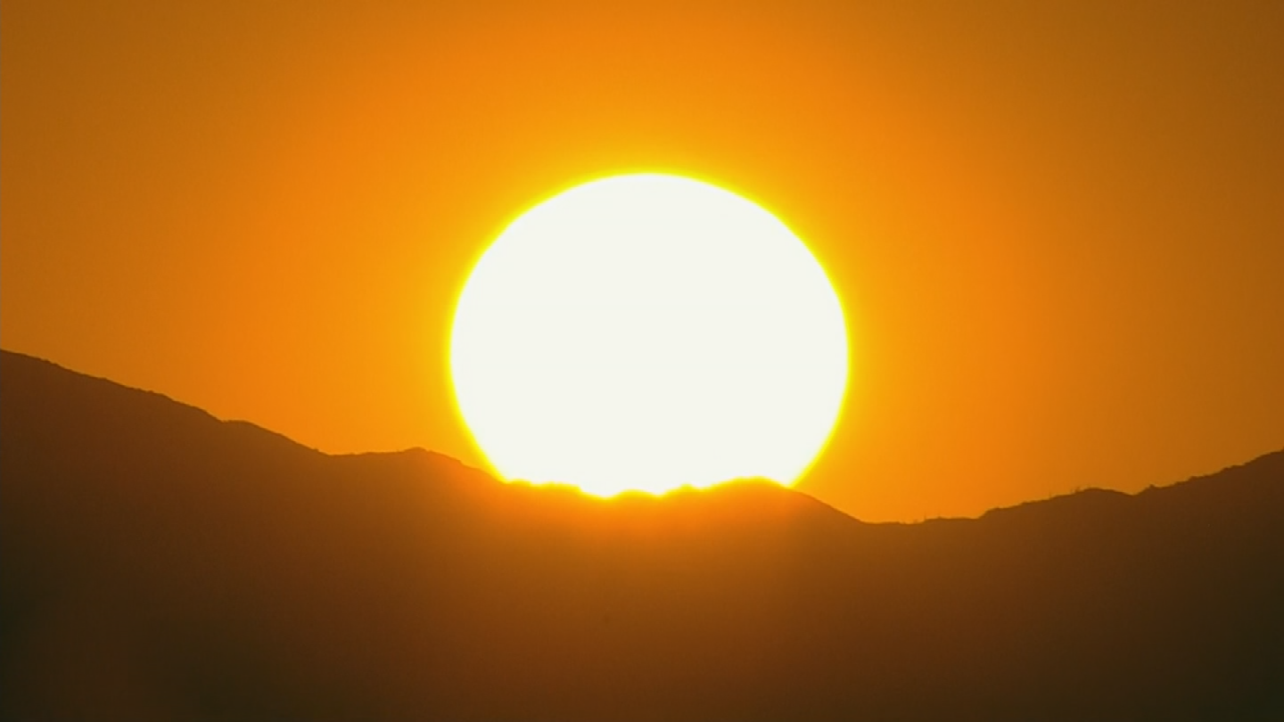 Phoenix set a new heat record for today as we reached 107 just before 2 P.M. (Source: 3TV/CBS 5)