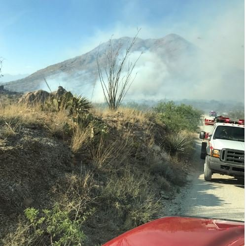 Fire crews work on the Mulberry fire near US83. (6 May 2017) [Source: Corona de Tucson Fire Department]