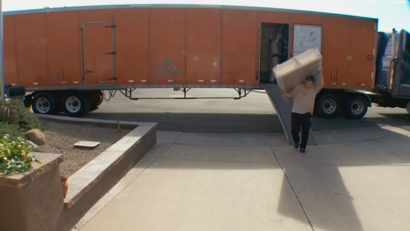 Moving season has started in Arizona and consumers need to be wary of moving companies. (Source: 3TV/CBS 5)